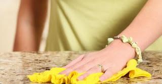 Come pulire il marmo: i rimedi fai da te per smacchiarlo e ...